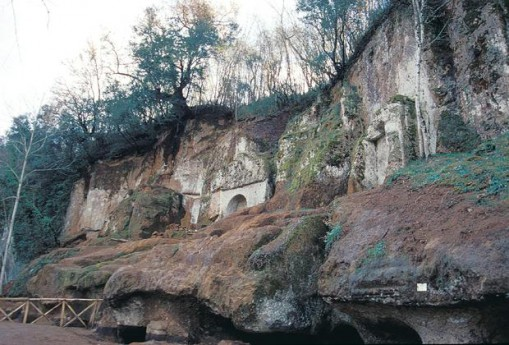 Ingresso Necropoli Etrusca di Sovana (intero)
