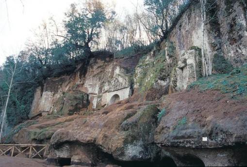 Ingresso Necropoli Etrusca di Sovana (ridotto)